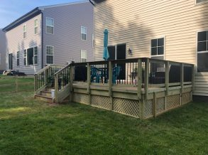 Trex Select Deck with Black Aluminum Balusters